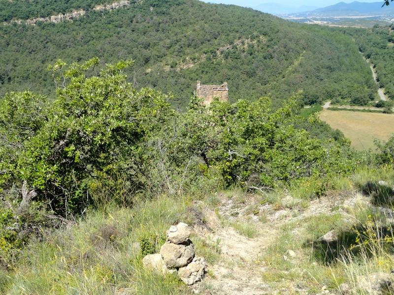 Mojón en el sendero hacia la Torre del Moro