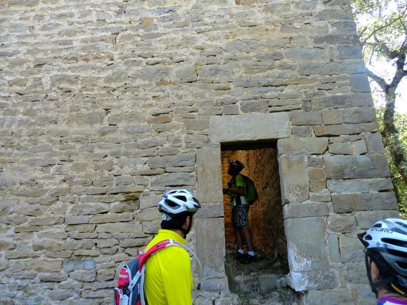 Entrada a la Torre del Moro