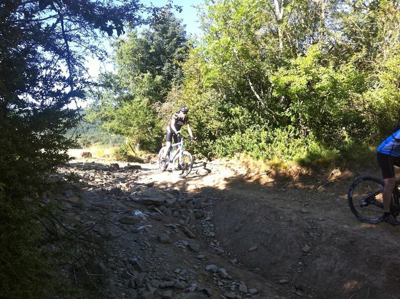 Bajada del camino de Santiago hacia Villanúa